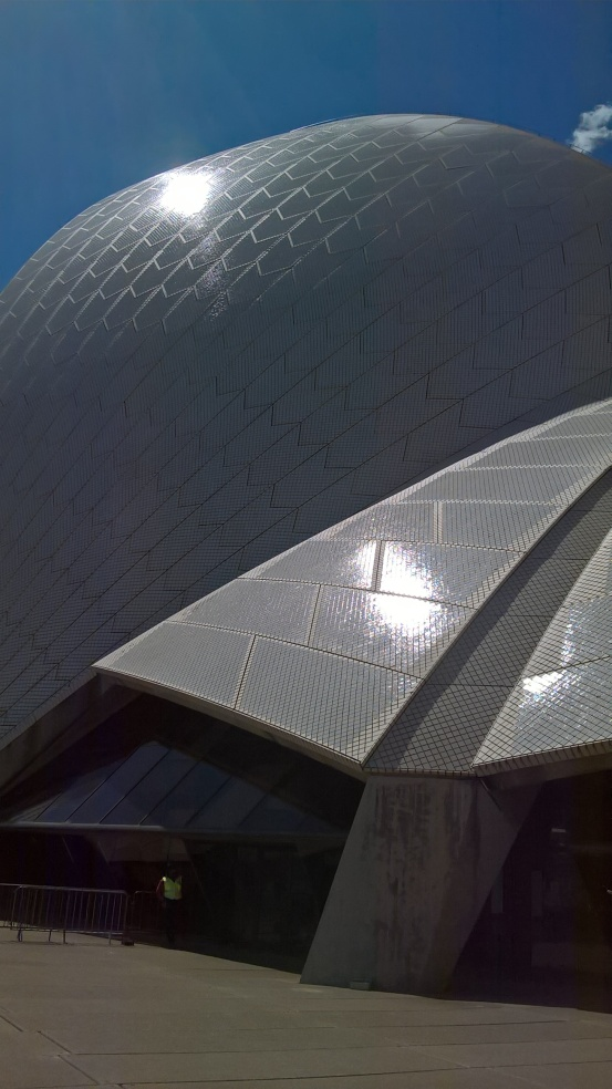 Sydney blog post photo shimmering opera house