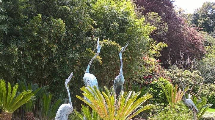 bronze cranes from japan